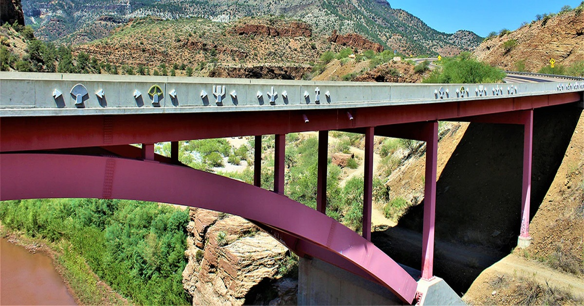 Benefits of Virtualizing Utility Protection and Control Systems at Salt River Project